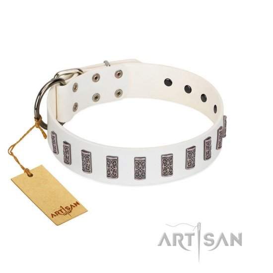 """Heaven's Gates"" Handmade FDT Artisan White Leather American Bulldog Collar with Silver-Like Engraved Plates"