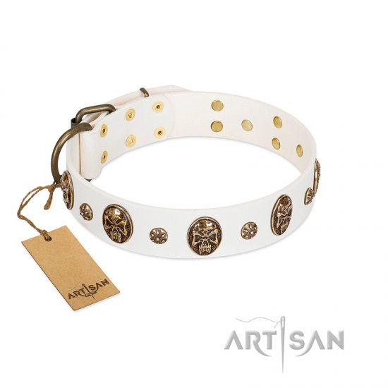 """Magic Bullet"" FDT Artisan White Leather American Bulldog Collar with Studs and Skulls"