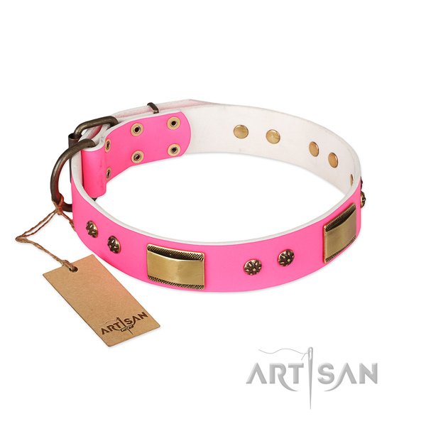 Adjustable natural genuine leather collar for your doggie