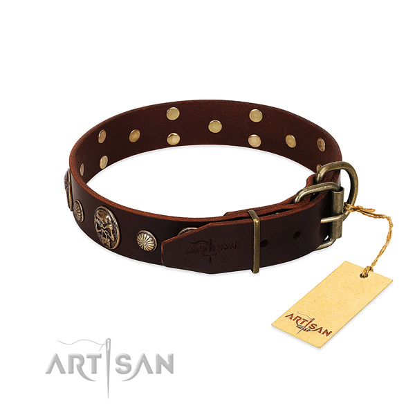 Durable decorations on comfortable wearing dog collar