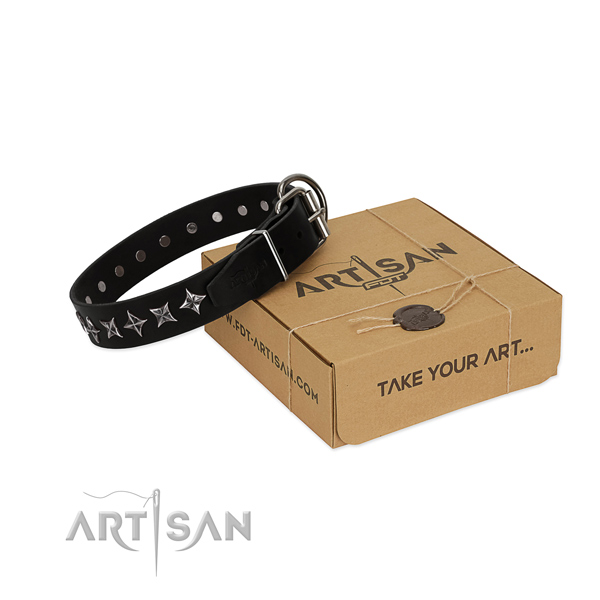 Handy use dog collar of durable leather with adornments